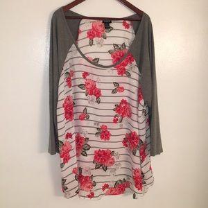 Woman's plus size 3/4 sleeve shirt